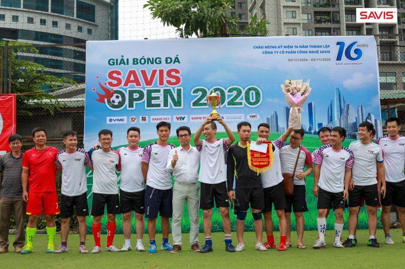 Sôi nổi Giải bóng đá SAVIS OPEN 2020