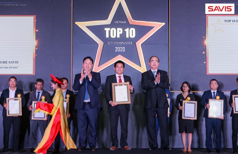 SAVIS được vinh danh TOP 10 Doanh nghiệp Công nghệ Thông tin hàng đầu Việt Nam